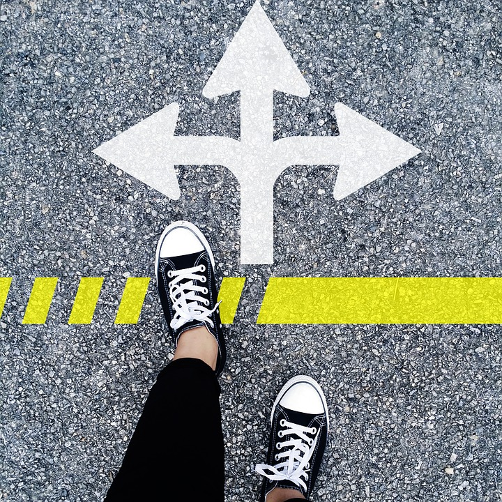 choose a websitee-commerce provider.jpg